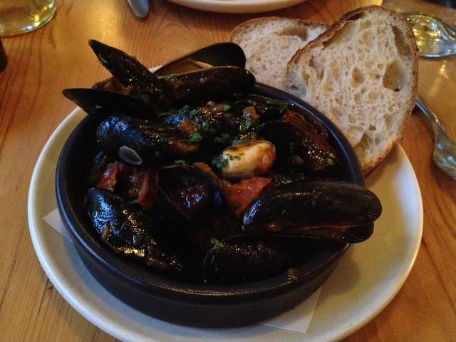 Prince Edward Island mussels - Contigo