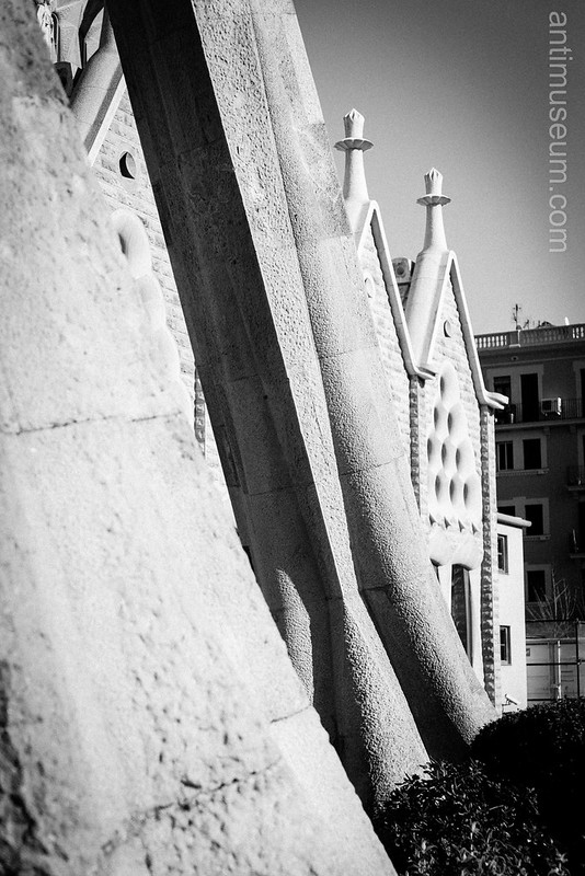 Sagrada Familia (South)