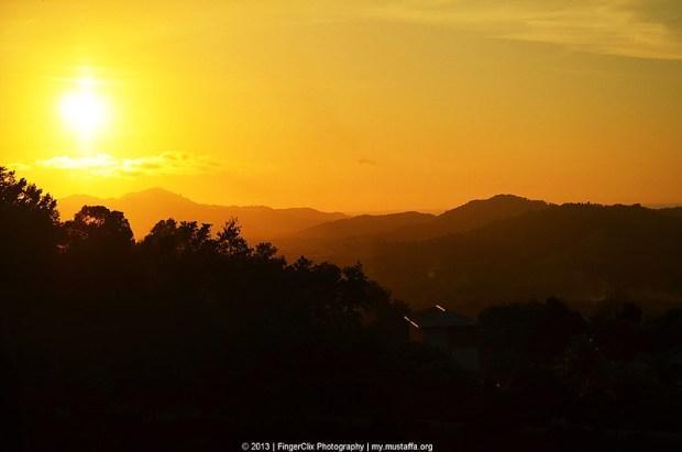 Gambar Matahari Terbenam