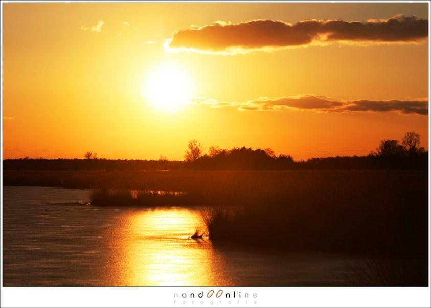 zonsondergang boven het starven