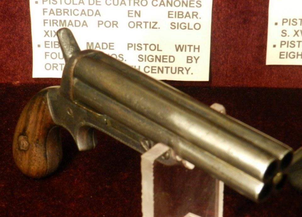 Pistola de cuatro cañones Museo Lara Ronda Malaga 16