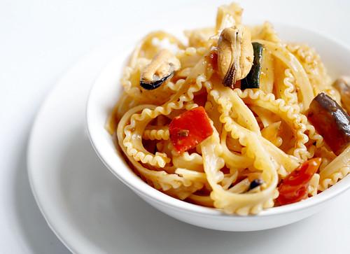 Mafalda pasta with Mussels by Parinita