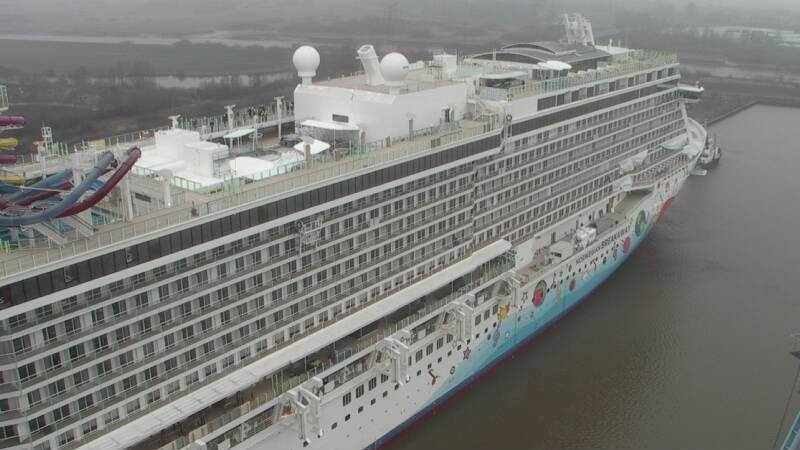 Norwegian Breakaway Float Out Cruiseind