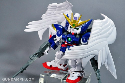 SDGO Wing Gundam Zero Endless Waltz Toy Figure Unboxing Review (29)