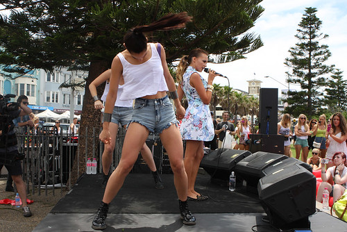 Samantha Jade performs at Bondi Beach