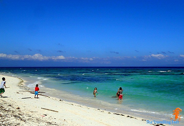 Play on the beaches of Siquijor
