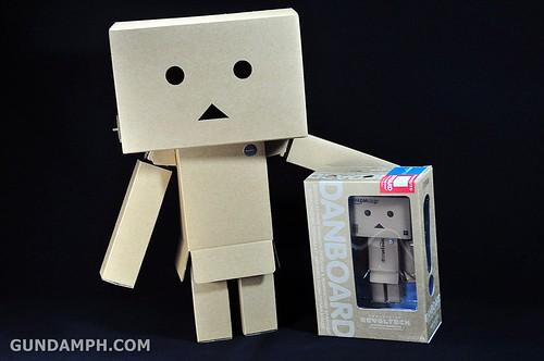 Big Scale Danboard Cardboard Assembling Kit Review (62)