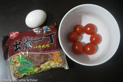 Stella Dacuma Schour Tomato and Egg Instant Ramen Cooking with Stellaaa-100