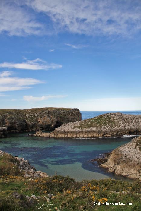 Playa de Cue Llanes playas Llanes  Playas de Asturias