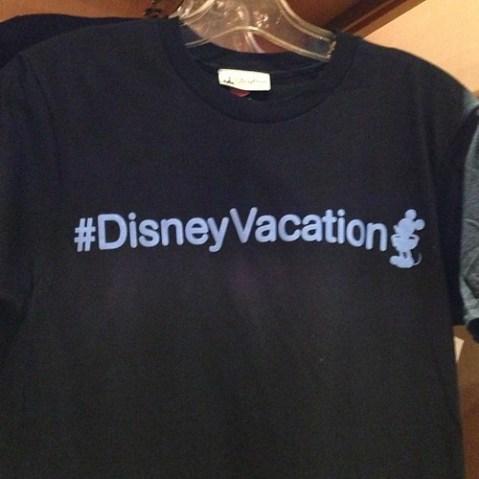 Twitter的Tシャツ。