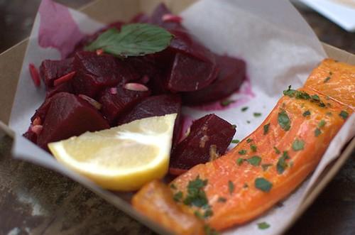 Smoked salmon & beetroot salad