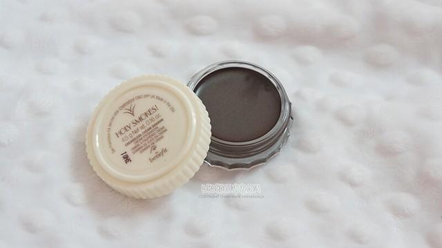 Benefit Cosmetics  Creaseless Cream Shadow