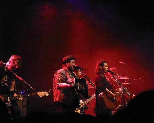of monsters & men gig photo singing on stage at manchester academy 1
