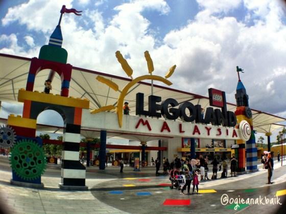 Liburan ke Legoland Malaysia