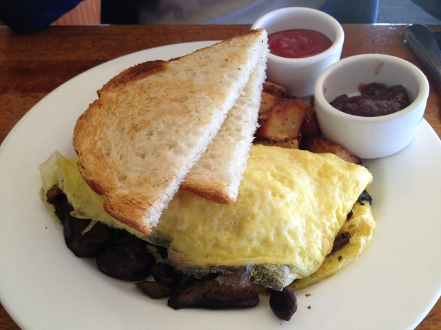 Wild mushroom omelet - The Beach Chalet Brewery & Restaurant