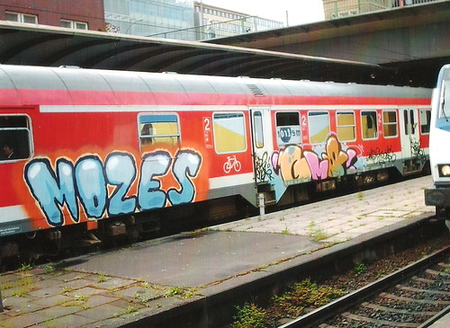 Mozes.Gms by graffiticollector