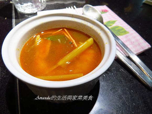 泰式酸辣蝦湯 (2)
