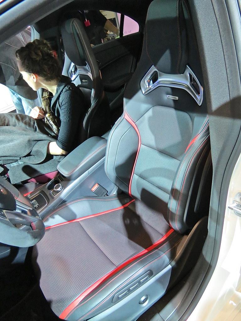 Mercedes Benz CLA 45 AMG sport seat