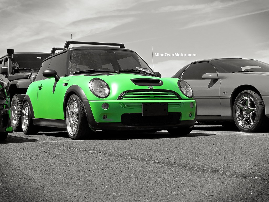 Green Mini Cooper S