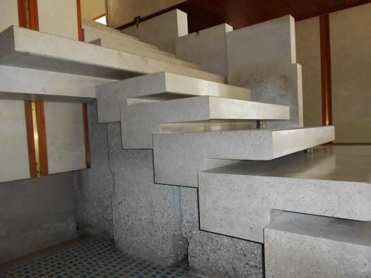 dettaglio di scala contraria - negozio Olivetti - Carlo Scarpa - Venezia