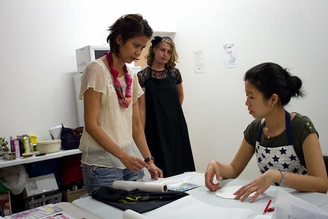 Studio 941 Silk Painting workshop at Colour Box Studio