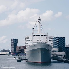 The #ssrotterdam #steamship #boat once a #oceanliner between the #netherlands and #america now an #attraction and #hotel in the city of #rotterdam #igrotterdam #visitrotterdam #travel #travelgram #wanderlust #vsco #vscocam #landscape #clouds #historic #ic