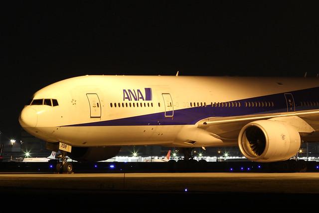 ANA B777-200ER(JA708A)