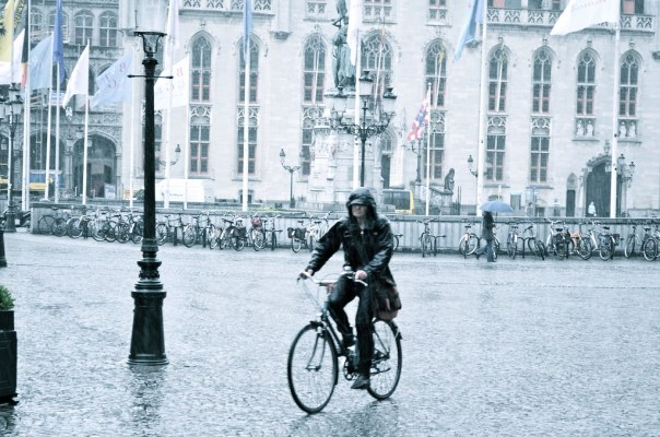 Cycling (in the Rain)
