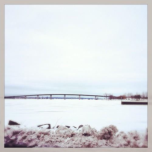 "Mar 1 - 'Q' {the frozen Bay of ""QUINTE""} #photoaday #bayofquinte"