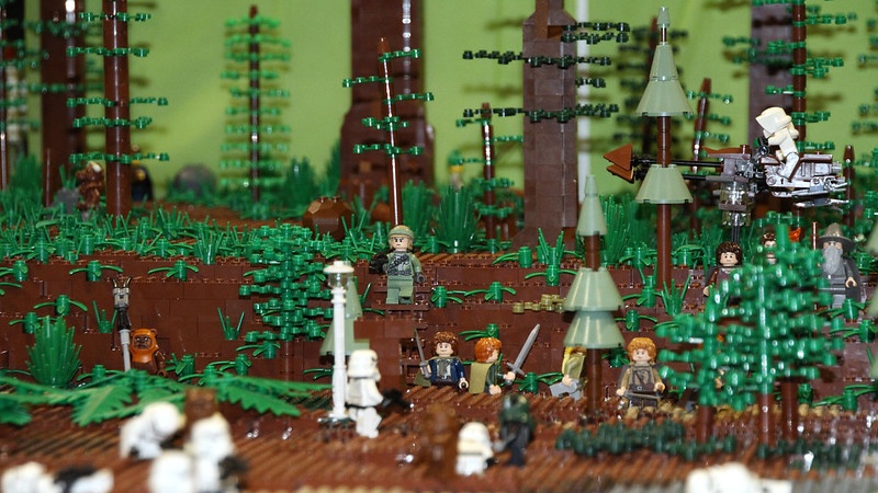Battle of Endor … in Lego!