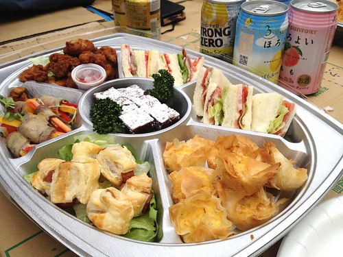 お料理はケータリングをやっているユーザさんから。SnapDishユーザ交流会@井の頭公園