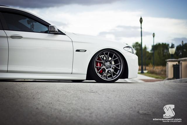 BMWF10Kev100WM