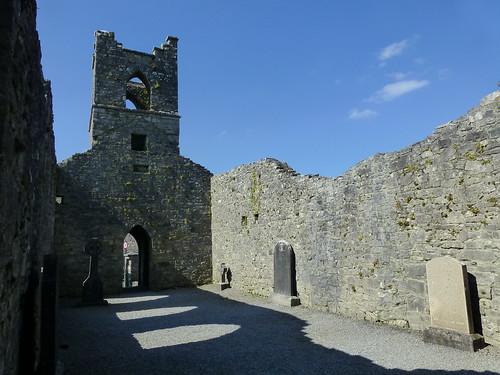 Abbey ruins (70)