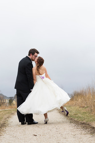 Studio_Starling_Byron_Colby_Barn_Wedding-68