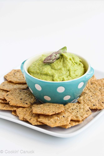 Asparagus Hummus Recipe for Healthy Snacking #recipe #vegan #vegetarian