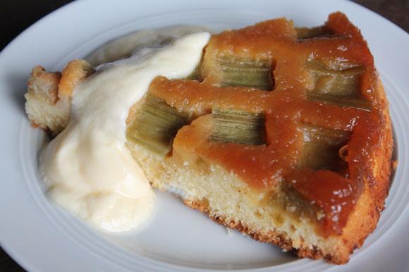 Upside down rhubarb cake - Rhabarberkuchen