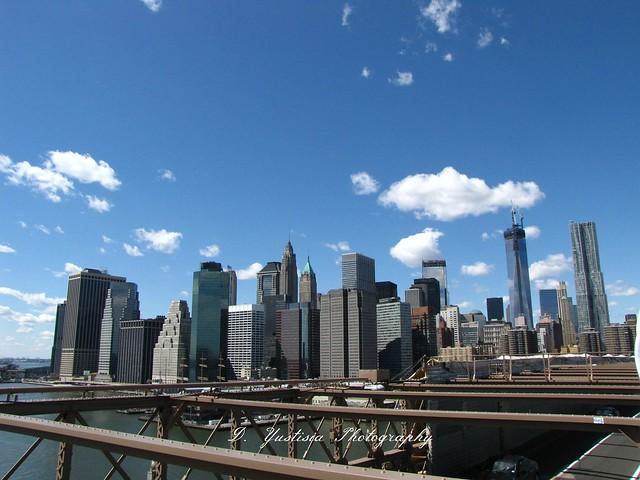 New York skylines shot from Brooklyn Bridge