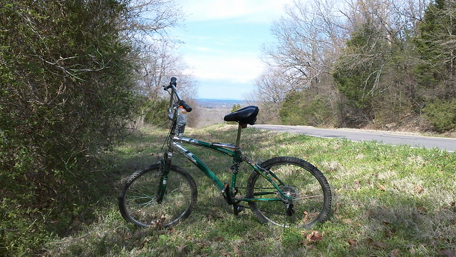 my bicycle in the greening hills