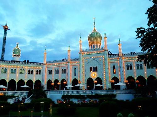 Evening at the Tivoli at Kopenhagen by SpatzMe