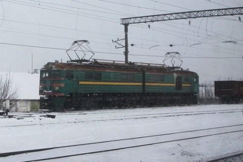Ukrainian Railways class ВЛ8 electric locomotive ВЛ8-289 at Удачное (Udachnoye)