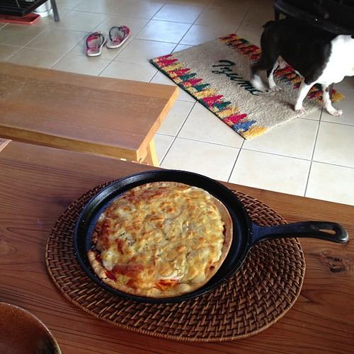 焼き立てピザの出来上がり〜*\(^o^)/*まだ食べるんかいって言われそうf^_^;