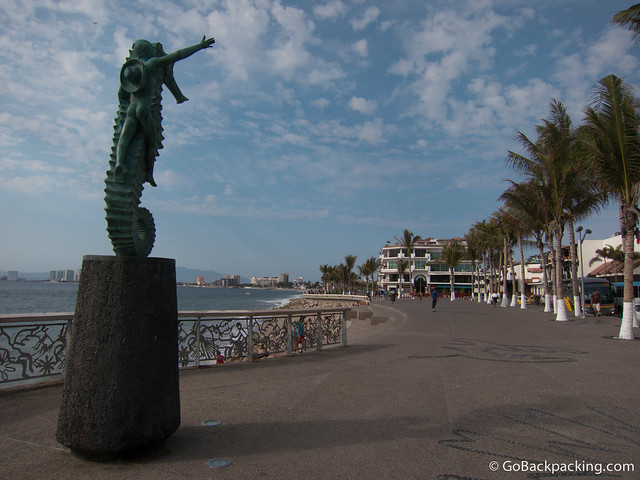 Statue along the Malecon (boardwalk)