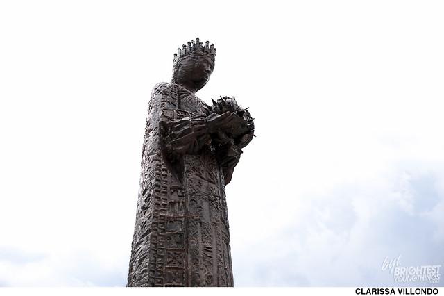 Creepy Statues-6