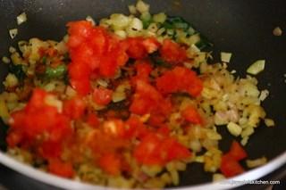Add-tomato
