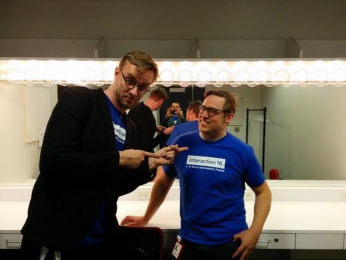 Sami & Otto, backstage.