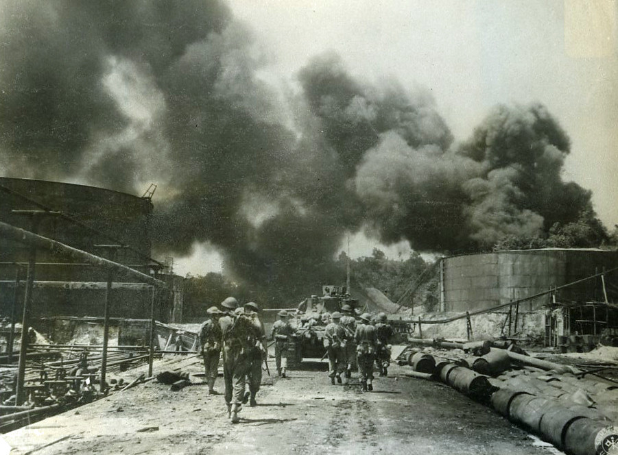 Royal Dutch Shell Oil Refinery  Balikpapan Borneo  1945