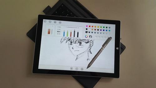ใช้เป็นได้ทั้งโน้ตบุ๊ก และ แท็บเล้ต พร้อม Surface Pen