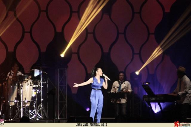 Java Jazz Festival 2015 Day 3 - Ruth Sahanaya