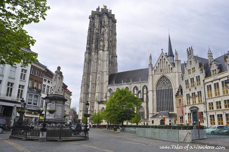 MECHELEN - Sint-Romboutskathedraal