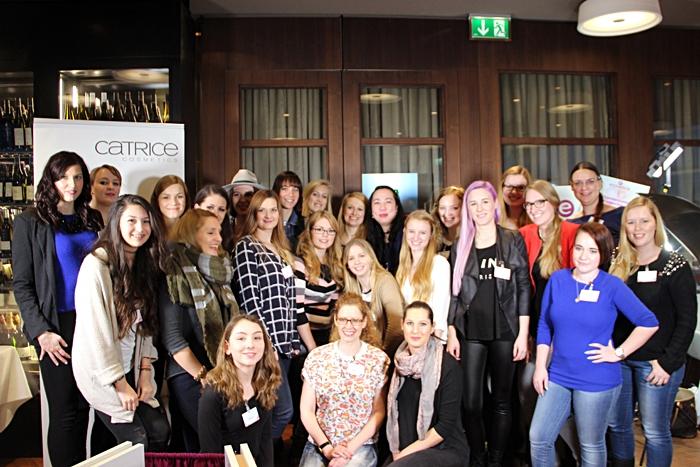 Gruppenfoto essence & CATRICE Blogger Event Wien